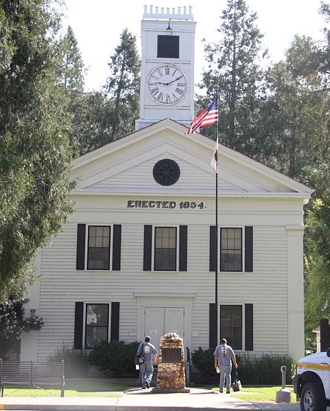 Mariposa County Courthouse