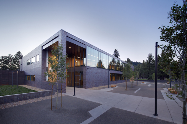 Mammoth Lakes Courthouse